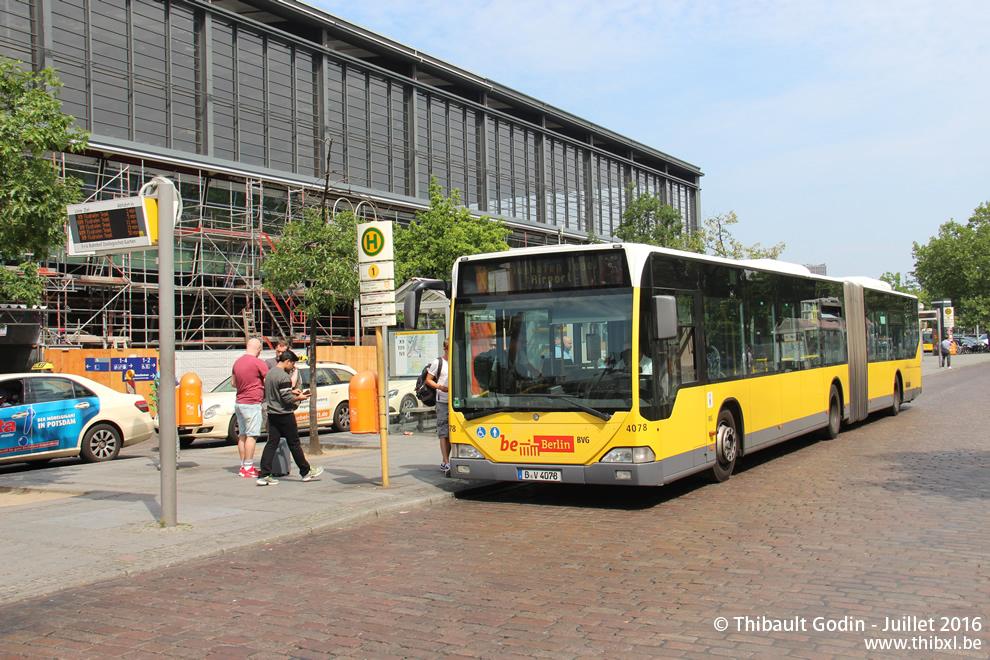 berlin bus x9. Black Bedroom Furniture Sets. Home Design Ideas