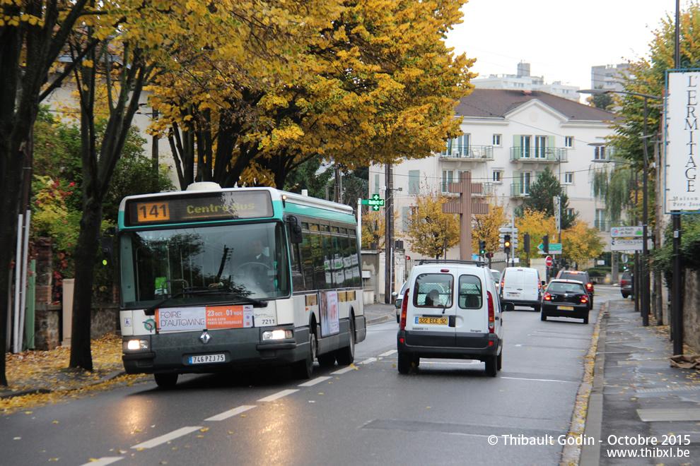 Paris Bus 141