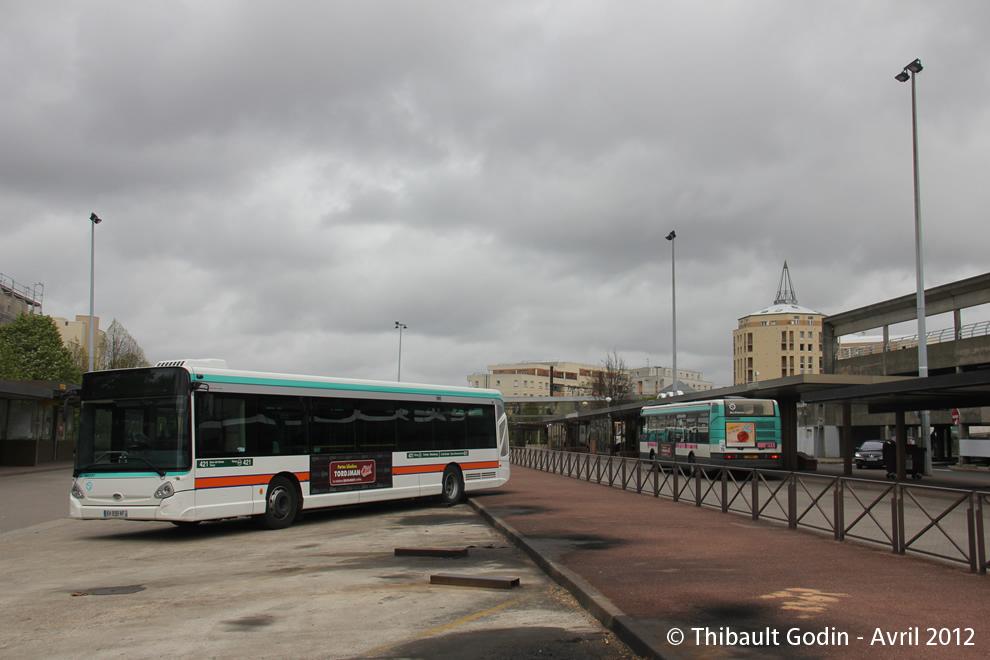 Paris bus 421 for Garage renault boulogne pont de sevres
