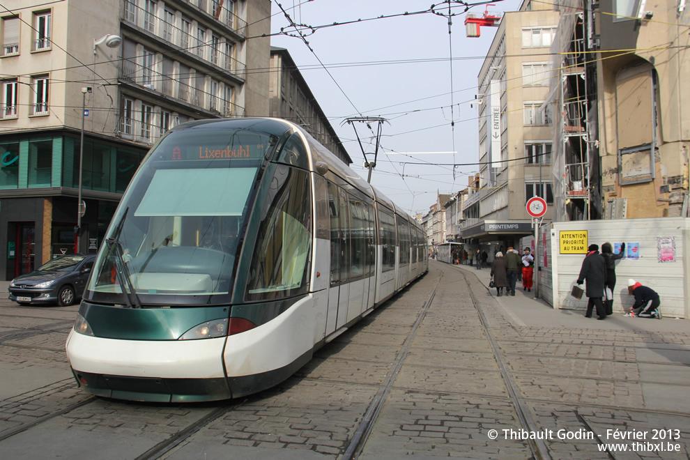 strasbourg tram a. Black Bedroom Furniture Sets. Home Design Ideas