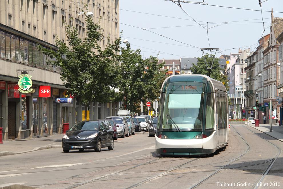 strasbourg tram d. Black Bedroom Furniture Sets. Home Design Ideas