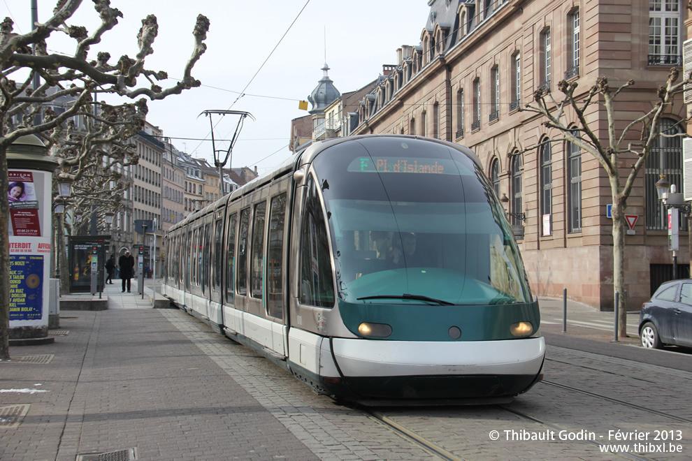 strasbourg tram f. Black Bedroom Furniture Sets. Home Design Ideas